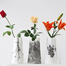 Crafts painted vases