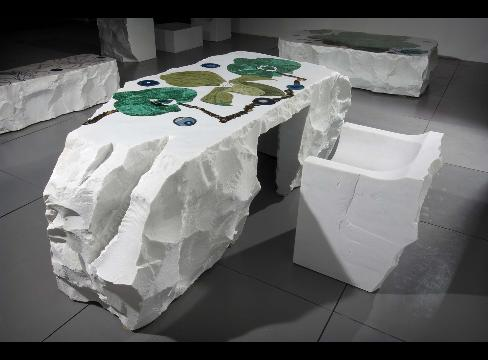 Kate Moss Sculptor Sells 21 000 Marble Table at Design Fair