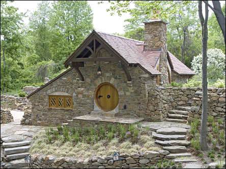 Stone Hobbit House Wins Award