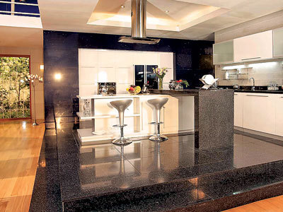 Quartz highly durable