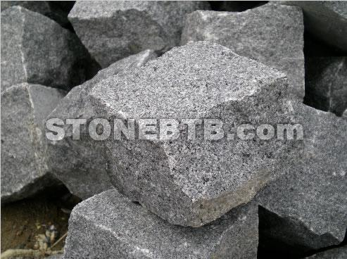 G654 Black Granite Sett